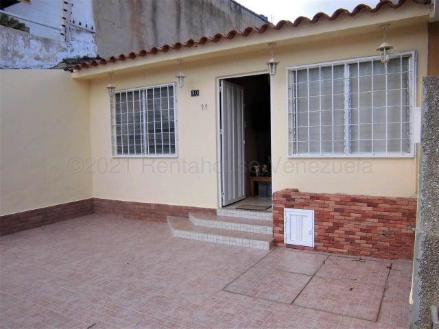 Casa Carabobo>Municipio San Diego>Los Jarales - Venta:21.000 Precio Referencial - codigo: 21-17432