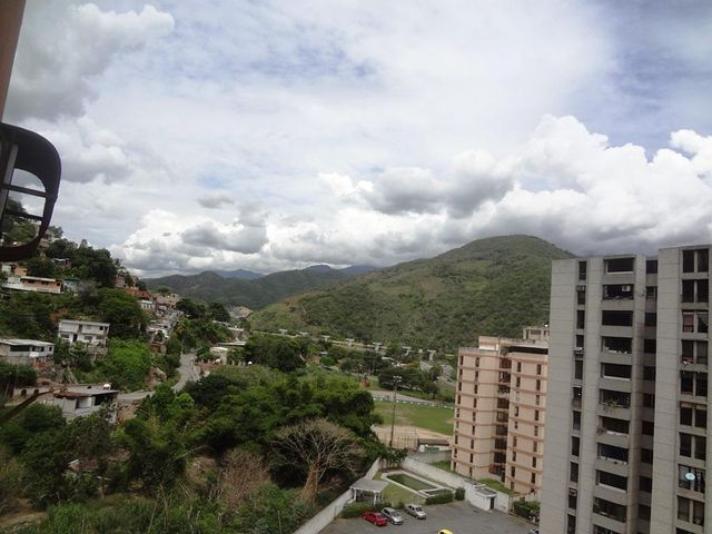 Apartamento Miranda>Guarenas>La Vaquera - Venta:18.000 Precio Referencial - codigo: 21-17463