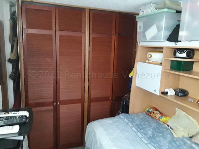 Apartamento Distrito Metropolitano>Caracas>Los Naranjos Humboldt - Alquiler:450 Precio Referencial - codigo: 21-17505