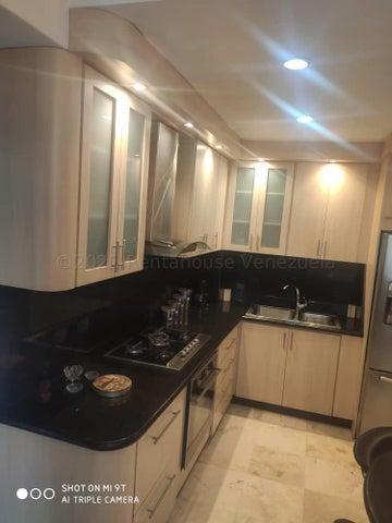 Apartamento Distrito Metropolitano>Caracas>Campo Alegre - Venta:155.000 Precio Referencial - codigo: 21-17559