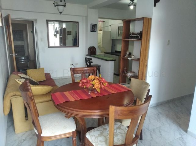 Apartamento Lara>Barquisimeto>Zona Este - Venta:10.550 Precio Referencial - codigo: 21-17566