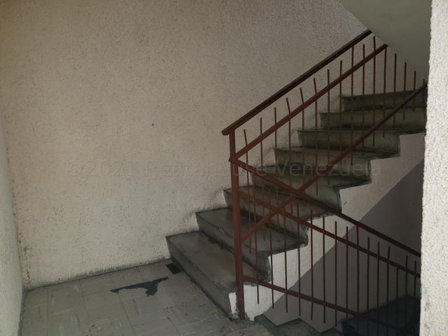 Apartamento Lara>Barquisimeto>Club Hipico Las Trinitarias - Venta:20.000 Precio Referencial - codigo: 21-17598