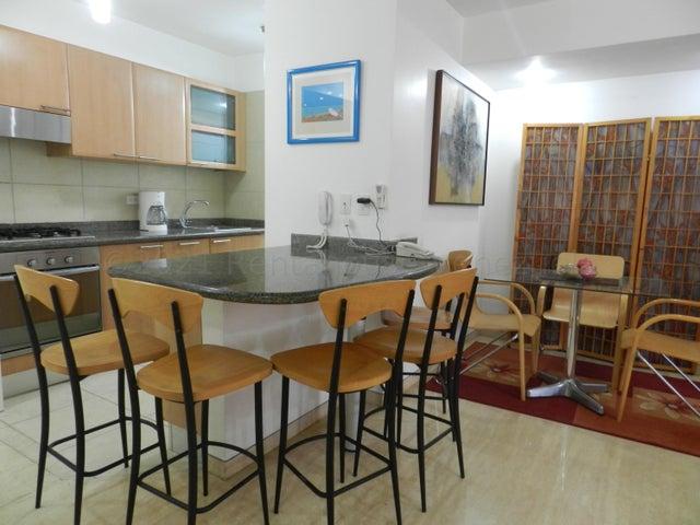 Apartamento Distrito Metropolitano>Caracas>Campo Alegre - Alquiler:1.040 Precio Referencial - codigo: 21-17690