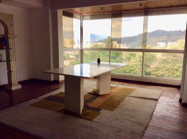 Casa Distrito Metropolitano>Caracas>La Trinidad - Venta:190.000 Precio Referencial - codigo: 21-17713