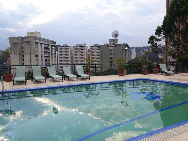 Apartamento Distrito Metropolitano>Caracas>Las Mesetas de Santa Rosa de Lima - Venta:240.000 Precio Referencial - codigo: 21-17790