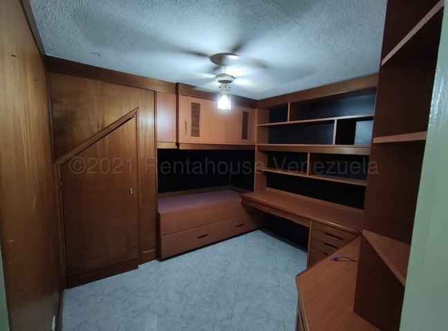 Apartamento Distrito Metropolitano>Caracas>Colinas de Bello Monte - Alquiler:350 Precio Referencial - codigo: 21-17820