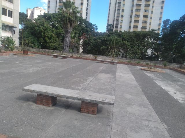 Apartamento Distrito Metropolitano>Caracas>El Valle - Venta:24.500 Precio Referencial - codigo: 21-17827