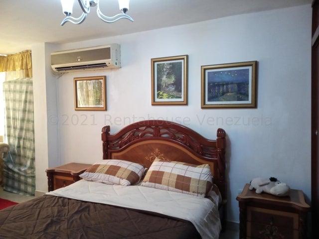 Apartamento Aragua>Turmero>Conjunto Residencial Turmero - Venta:19.000 Precio Referencial - codigo: 21-17848