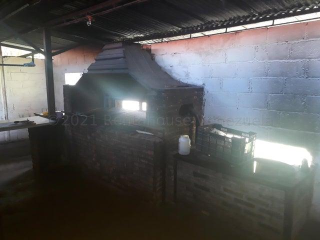 Terreno Yaracuy>San Felipe>San Felipe - Venta:50.000 Precio Referencial - codigo: 21-18114