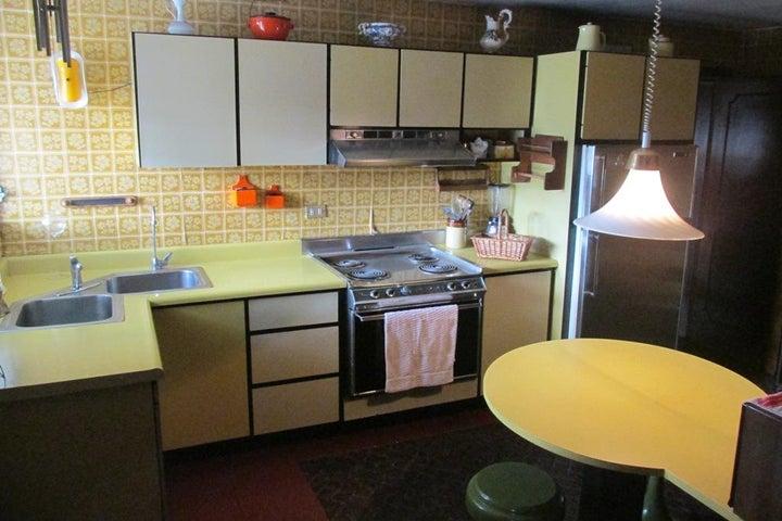 Apartamento Distrito Metropolitano>Caracas>Sabana Grande - Venta:45.000 Precio Referencial - codigo: 21-18258