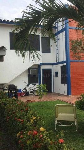 Townhouse Miranda>Higuerote>Ciubalgue - Venta:40.000 Precio Referencial - codigo: 21-18334