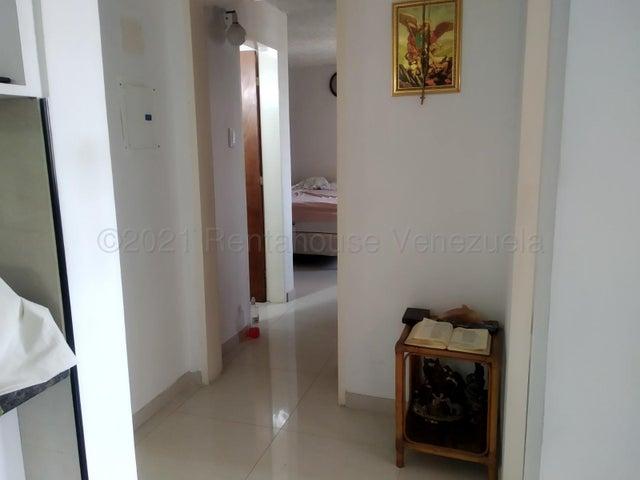 Apartamento Distrito Metropolitano>Caracas>Los Naranjos Humboldt - Venta:55.000 Precio Referencial - codigo: 21-18370