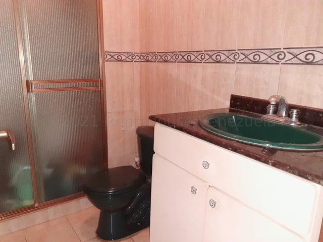 Apartamento Zulia>Maracaibo>Amparo - Venta:9.500 Precio Referencial - codigo: 21-18680