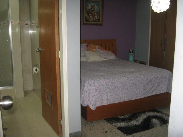 Apartamento Carabobo>Valencia>Prebo I - Venta:66.000 Precio Referencial - codigo: 21-18386