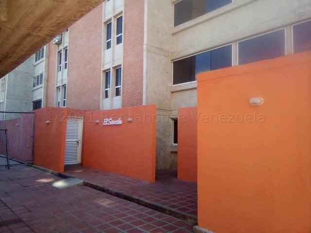 Apartamento Miranda>Guarenas>La Vaquera - Venta:21.000 Precio Referencial - codigo: 21-18467