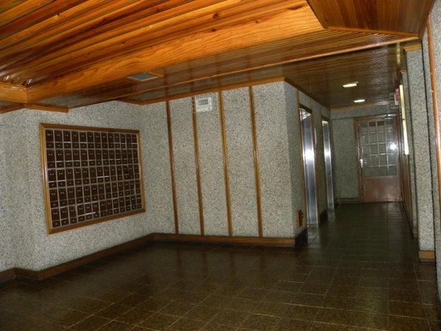Apartamento Miranda>Los Teques>Los Teques - Venta:26.000 Precio Referencial - codigo: 21-18901