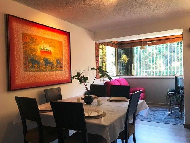 Apartamento Distrito Metropolitano>Caracas>San Luis - Venta:75.000 Precio Referencial - codigo: 21-19026