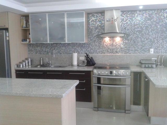 Apartamento Distrito Metropolitano>Caracas>Lomas del Sol - Venta:160.000 Precio Referencial - codigo: 21-18962