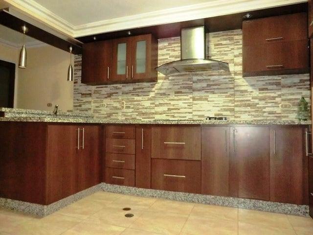 Casa Miranda>Charallave>Loma Real - Venta:60.000 Precio Referencial - codigo: 21-18979