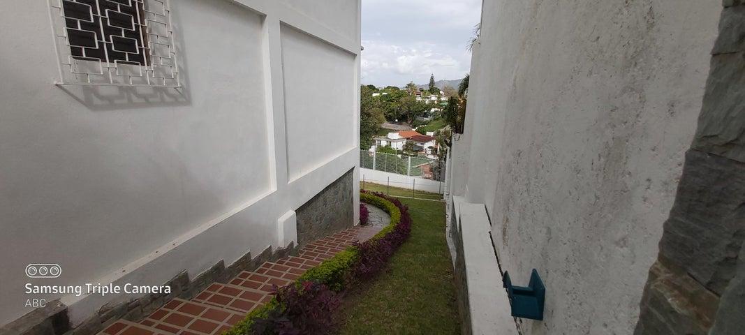 Casa Distrito Metropolitano>Caracas>Cumbres de Curumo - Venta:750.000 Precio Referencial - codigo: 21-19002