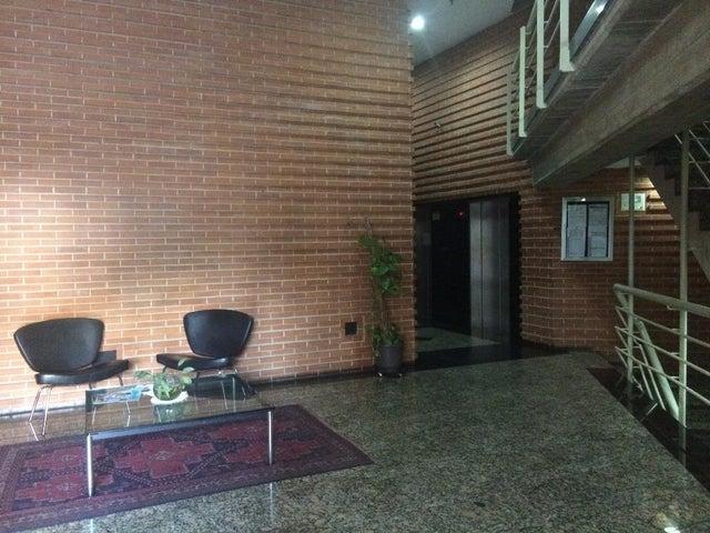 Apartamento Distrito Metropolitano>Caracas>Sabana Grande - Venta:49.500 Precio Referencial - codigo: 21-19006