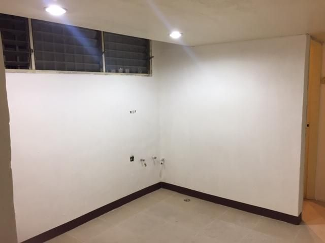 Apartamento Distrito Metropolitano>Caracas>La Florida - Venta:23.500 Precio Referencial - codigo: 21-19012