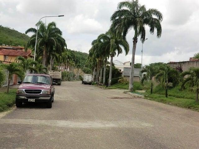 Casa Miranda>Charallave>Paso Real - Venta:170.000 Precio Referencial - codigo: 21-19053