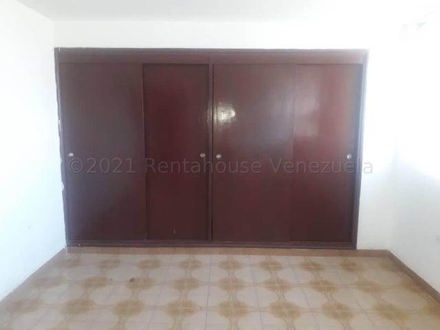 Apartamento Falcon>Coro>Sector San Bosco - Venta:15.000 Precio Referencial - codigo: 21-19102