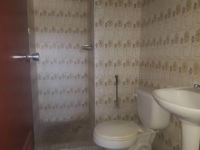 Apartamento Falcon>Coro>Sector San Bosco - Venta:22.000 Precio Referencial - codigo: 21-19103