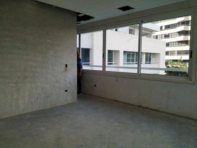 Apartamento Distrito Metropolitano>Caracas>Los Palos Grandes - Venta:1.100.000 Precio Referencial - codigo: 21-19112