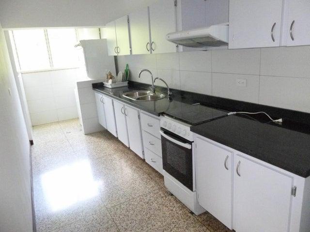 Apartamento Distrito Metropolitano>Caracas>Santa Rosa de Lima - Venta:120.000 Precio Referencial - codigo: 21-19142