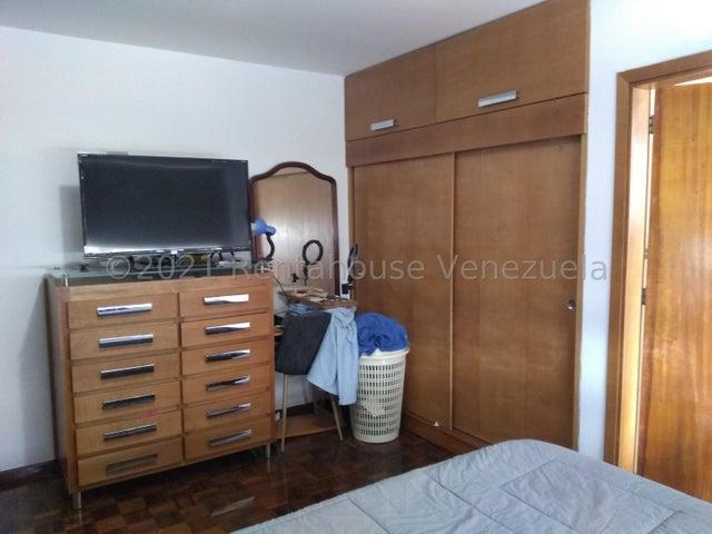 Apartamento Distrito Metropolitano>Caracas>Cumbres de Curumo - Venta:160.000 Precio Referencial - codigo: 21-19657