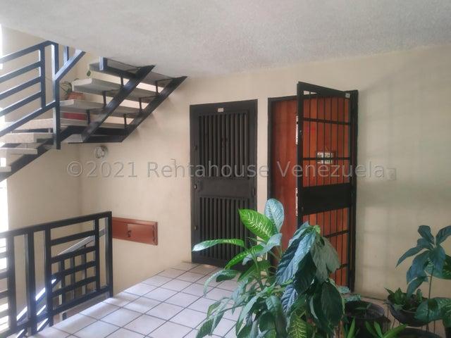 Apartamento Aragua>Turmero>Campo Alegre - Venta:23.100 Precio Referencial - codigo: 21-19336