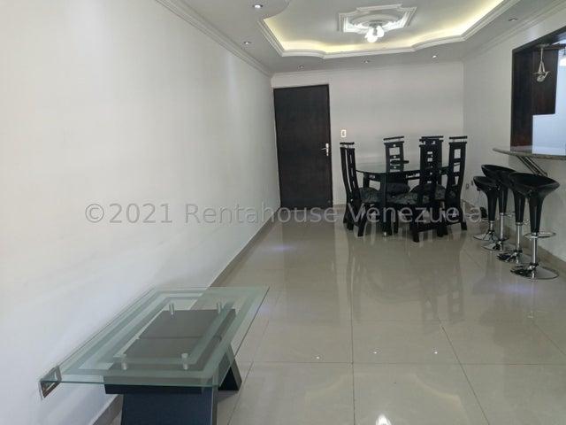 Apartamento Carabobo>Municipio Naguanagua>La Granja - Venta:26.000 Precio Referencial - codigo: 21-20789