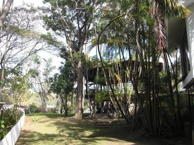 Casa Distrito Metropolitano>Caracas>La Boyera - Venta:280.000 Precio Referencial - codigo: 21-19410