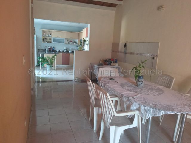 Casa Portuguesa>Araure>Llano Alto - Venta:42.000 Precio Referencial - codigo: 21-19425
