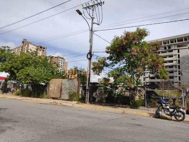 Terreno Lara>Barquisimeto>Parroquia Santa Rosa - Venta:1.000.000 Precio Referencial - codigo: 21-19470