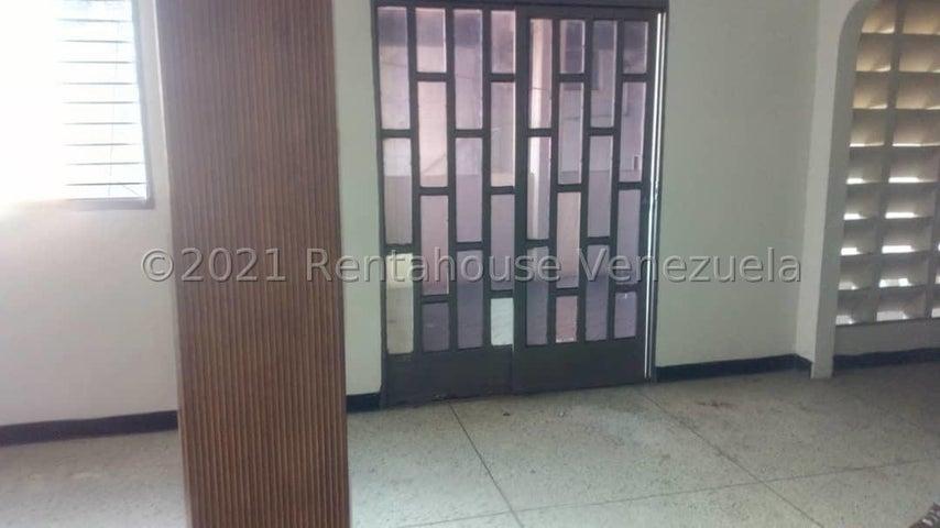 Apartamento Lara>Barquisimeto>Centro - Alquiler:200 Precio Referencial - codigo: 21-19052