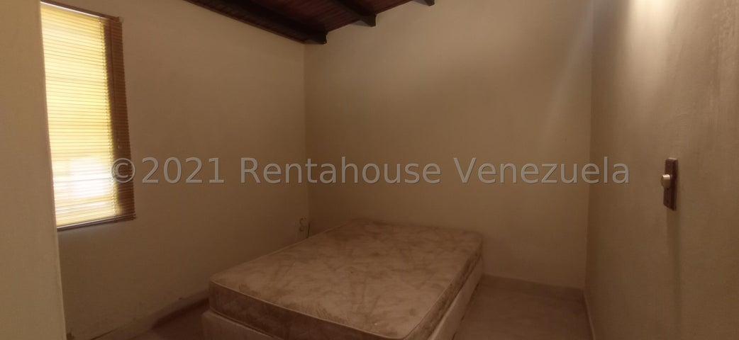Casa Lara>Cabudare>La Piedad Norte - Venta:12.000 Precio Referencial - codigo: 21-19567