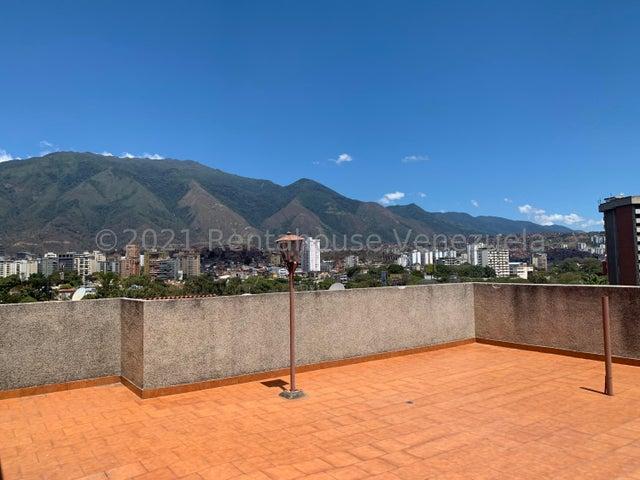 Casa Distrito Metropolitano>Caracas>Macaracuay - Venta:154.000 Precio Referencial - codigo: 21-19614