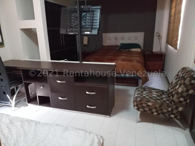 Apartamento Zulia>Maracaibo>Banco Mara - Alquiler:160 Precio Referencial - codigo: 21-8551