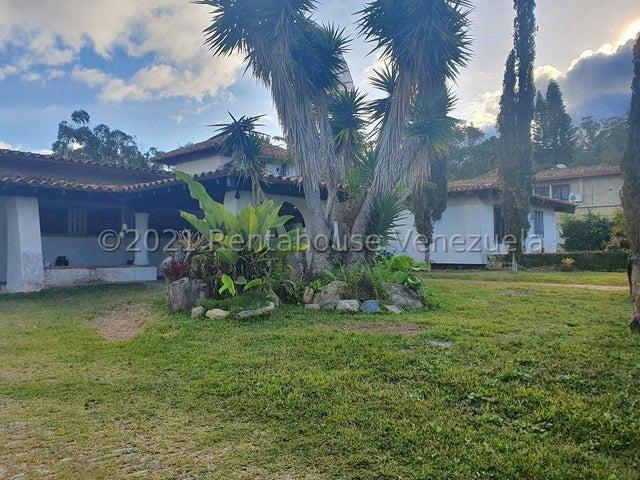 Casa Distrito Metropolitano>Caracas>La Lagunita Country Club - Venta:750.000 Precio Referencial - codigo: 21-19765