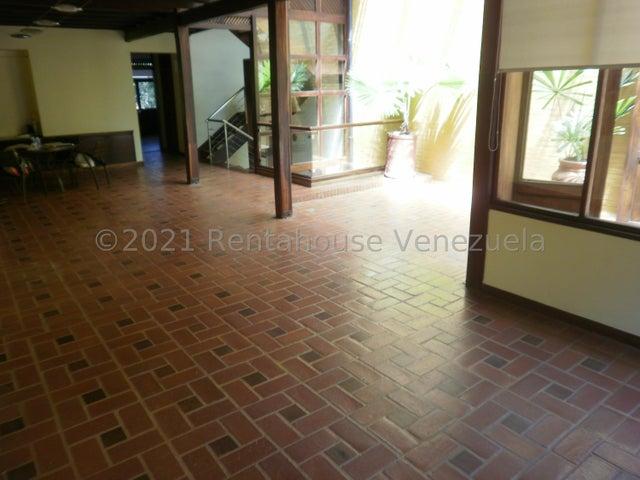 Casa Distrito Metropolitano>Caracas>La Boyera - Venta:230.000 Precio Referencial - codigo: 21-19812