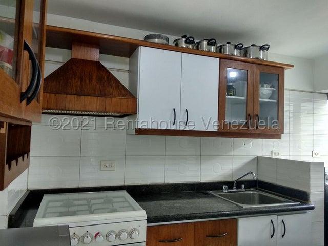 Apartamento Distrito Metropolitano>Caracas>El Bosque - Venta:53.000 Precio Referencial - codigo: 21-19821
