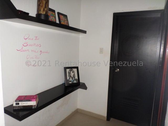 Apartamento Lara>Barquisimeto>Zona Este - Venta:56.000 Precio Referencial - codigo: 21-20122