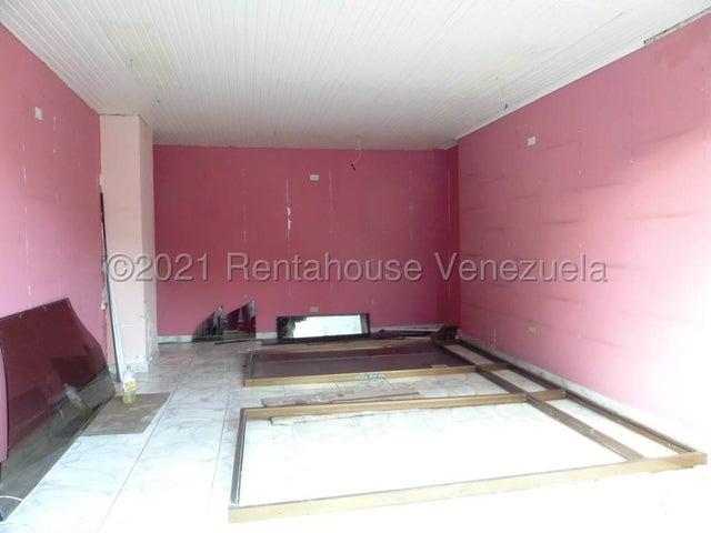 Local Comercial Distrito Metropolitano>Caracas>Sebucan - Venta:45.000 Precio Referencial - codigo: 21-20156