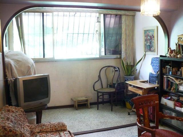 Apartamento Distrito Metropolitano>Caracas>Parroquia Santa Teresa - Venta:25.000 Precio Referencial - codigo: 21-20336