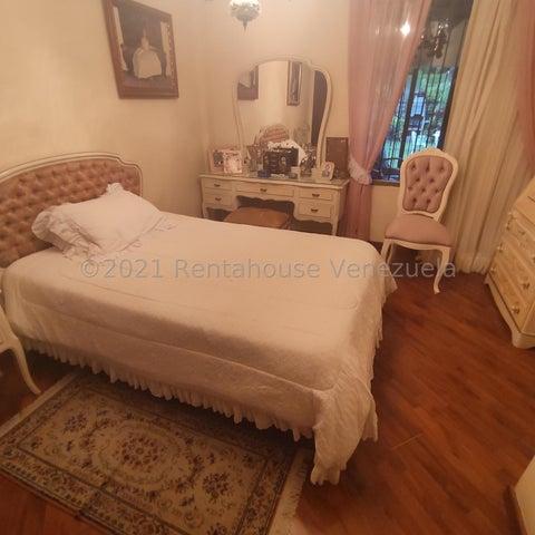 Casa Distrito Metropolitano>Caracas>El Hatillo - Venta:285.000 Precio Referencial - codigo: 21-20365