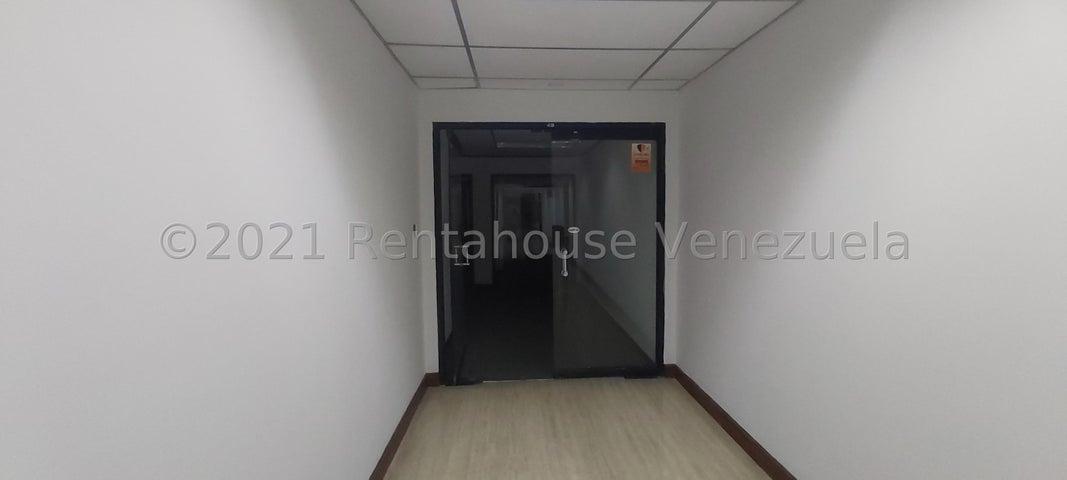 Oficina Distrito Metropolitano>Caracas>La Castellana - Venta:488.400 Precio Referencial - codigo: 21-20369