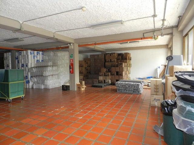 Edificio Distrito Metropolitano>Caracas>San Bernardino - Alquiler:6.000 Precio Referencial - codigo: 21-20385
